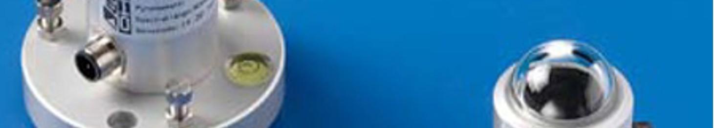 Przetworniki promieniowania (UV, PAR) i natężenia światła (lux)